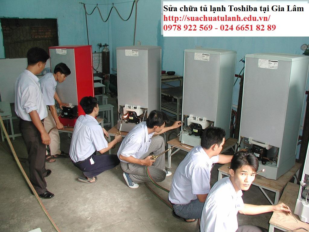 sửa chữa tủ lạnh Toshiba tại Gia Lâm